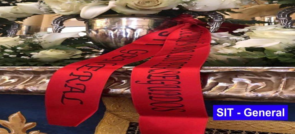 Lazos rojos para recordar a los cristianos perseguidos